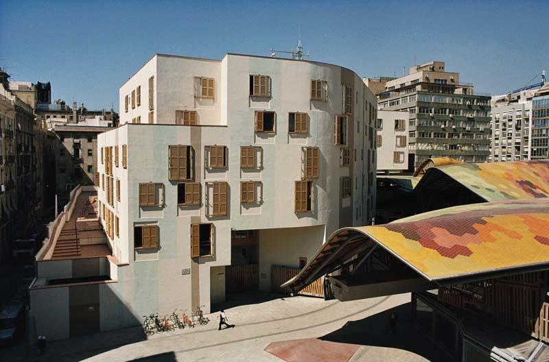 Viviendas para ancianos en Santa Caterina Barcelona Enric Miralles Tagliabue EMBT