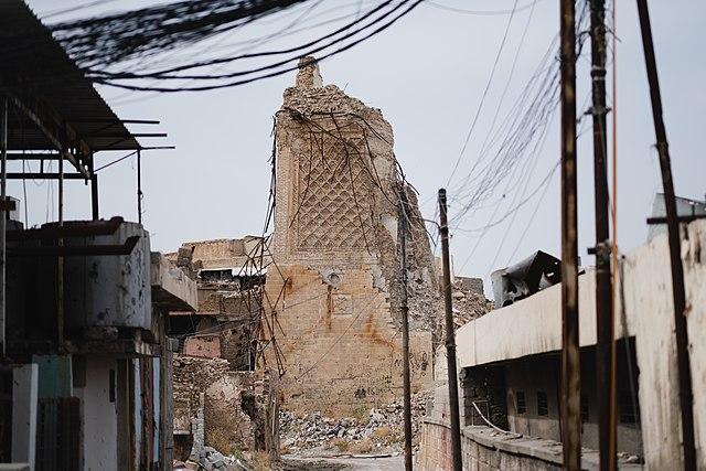 Destrucción de patrimonio mezquita minarete de Mosul Al Nuri